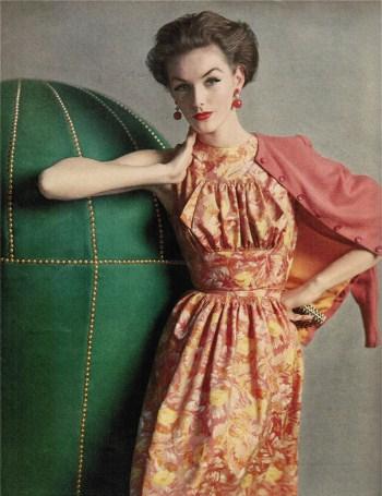 1956, Mainbocher Dress, June, Vogue: image courtesy of BlueVelvitVintage.com on Flickr.com